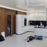 Instalace bílé kuchyně - lak IVE