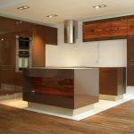 Luxusní kuchyň - lakováno IVE